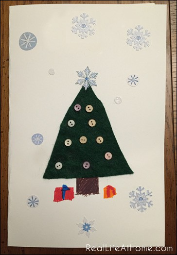 Easy Kid-Friendly Christmas Card Craft | RealLifeAtHome.com