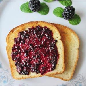 Easy to Make Homemade Blackberry Jam