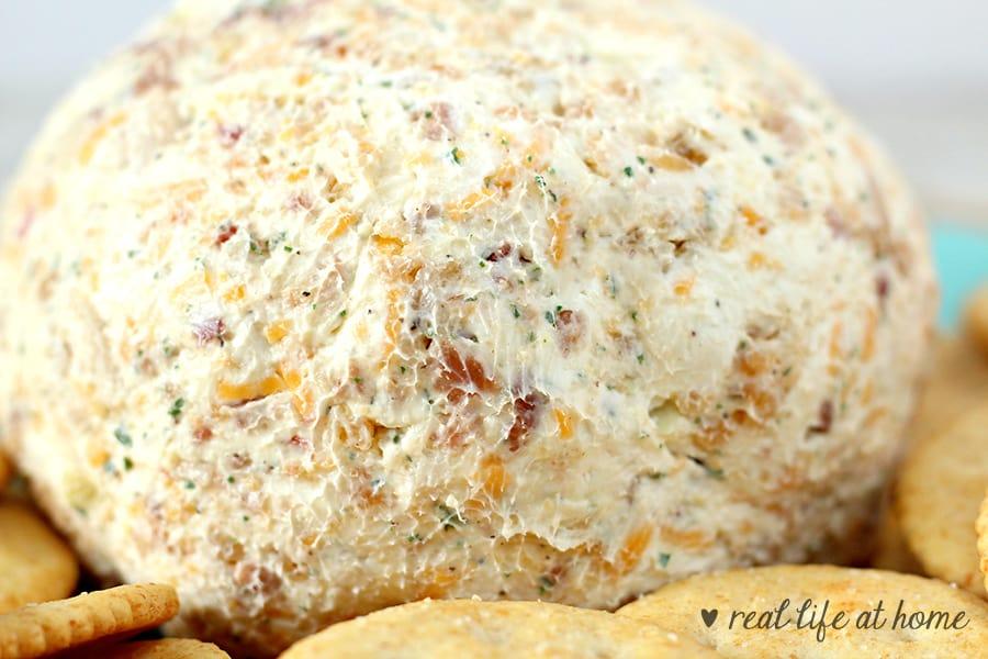 Homemade chicken bacon ranch cheese ball recipe