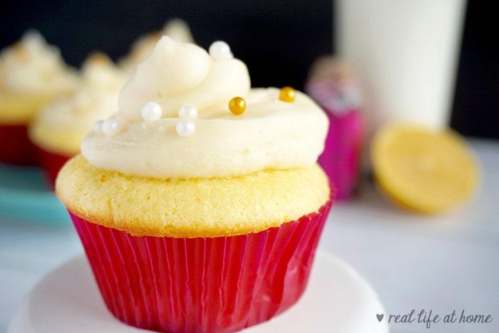 Homemade Lemon Cupcakes with Lemon Buttercream Frosting and a Sweet Lemon Glaze